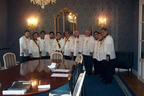 Cérémonie d'installation du chapitre Dimasalang-Ile de France le 2 mars 2008 dans l'ambassade des Philippines à Paris