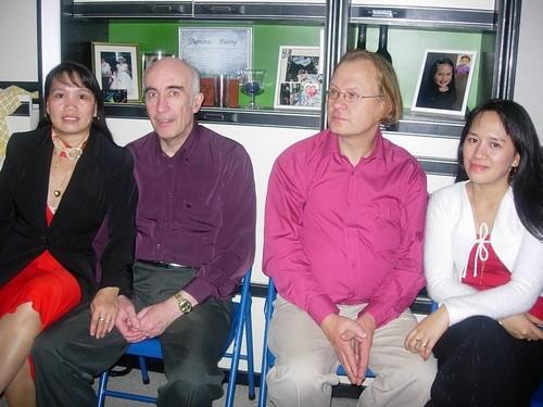 Petronila Bentasan (cousine) et son mari Michel Morvan, votre serviteur et madame
