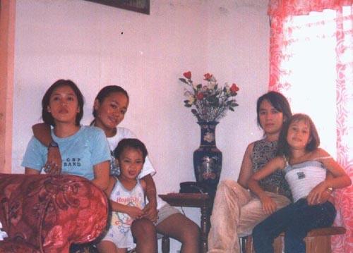 Les soeurs Delalamon Karen, Maret, Laylay, Inday, Aliénor